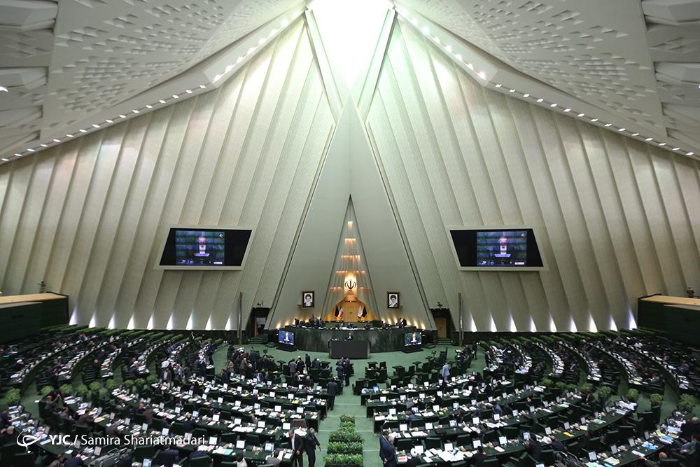 نمایندگان از پاسخهای وزیر ارتباطات قانع شدند