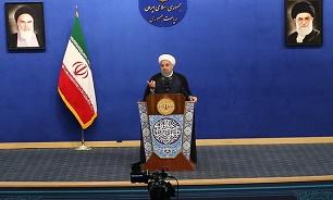 روحانی: باید سیاست از عرصه اقتصاد کنار برود/ لاریجانی: احزاب و گروه ها از دولت سهم خواهی نکنند