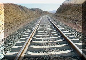 ریل گذاری 66 کیلومتری راه آهن کرمانشاه