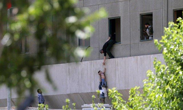 باشگاه خبرنگاران -کاربران فضای مجازی مراقب تلههای اجتماعی بعد از حوادث تروریستی باشند