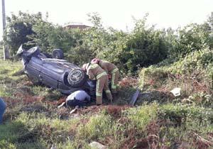 يك مصدوم در واژگونی خودرو