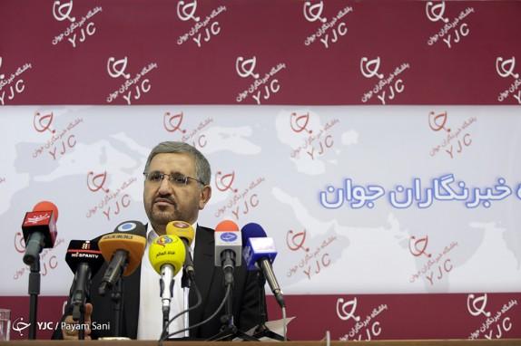 باشگاه خبرنگاران - مطابقت آراء 50 نفر اول تهران در 500 صندوق/از131 شکایت رسیده 70 مورد درباره بازشماری آرا است/نظارت انتخابات شوراها باید به نهادی غیر از مجلس واگذار شود