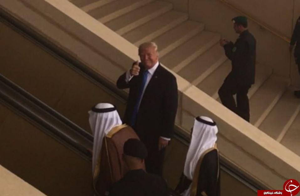 ترامپ با نشان دادن شست در عربستان جنجال به پا کرد!+عکس