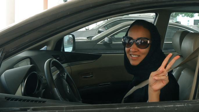 عاقبت زنی که در خیابانهای عربستان رانندگی کرد