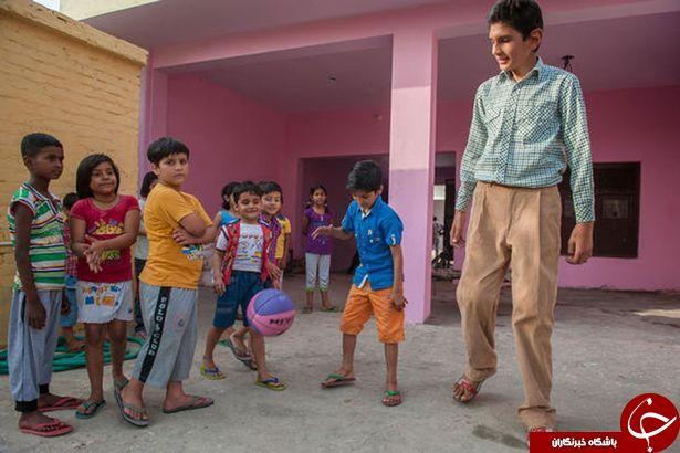 کودک 8 ساله ای که 2 متر قد دارد!+ تصاویر