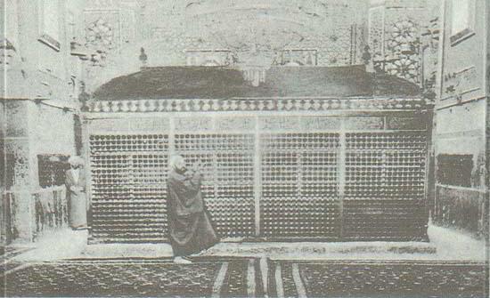 پنجشننبه//محل دفن امیرالمومنین (ع) کجاست؟ و چگونه پیدا شد؟