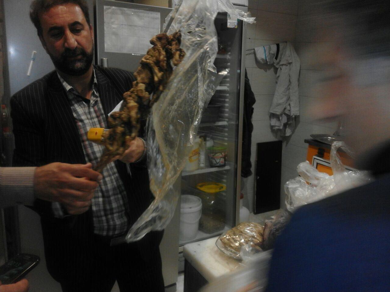 پلمپ رستورانی که از گوشتهای فاسد استفاده میکرد