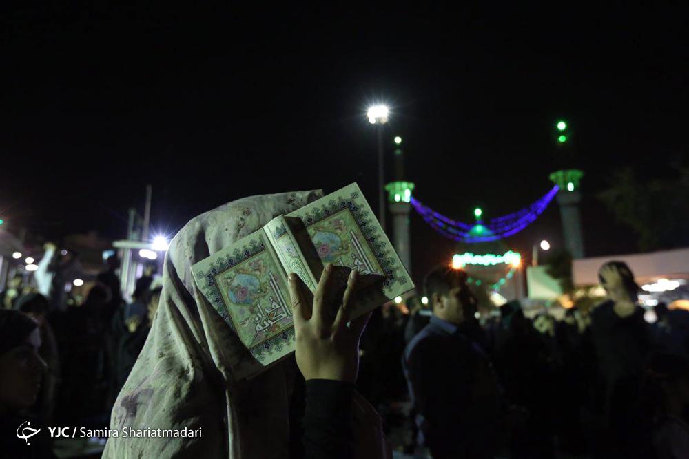 عکس شب قدر در امامزاده صالح