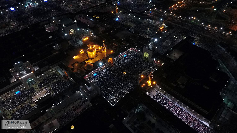 برگزاری مراسم احیاء شب بیست و سوم ماه رمضان در حرم مطهر رضوی