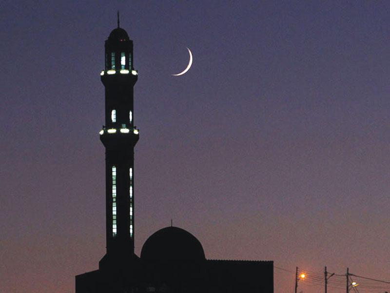 نتیجه تصویری برای رویت هلال ماه رمضان