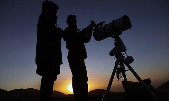 باشگاه خبرنگاران -در تب و تاب رؤیت هلال ماه رمضان ۱۴۳۸/ آغاز ماه رمضان به احتمال قوی چه روزی است؟