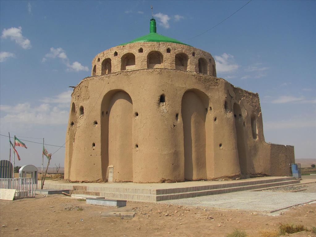باشگاه خبرنگاران -جلوگیری از فعالیت حفاران غیرمجاز در آرامگاه نجمالدین کبری شهرستان جوین