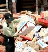 باشگاه خبرنگاران -کشف ۲۵۰ هزار نخ سیگارقاچاق در چرداول