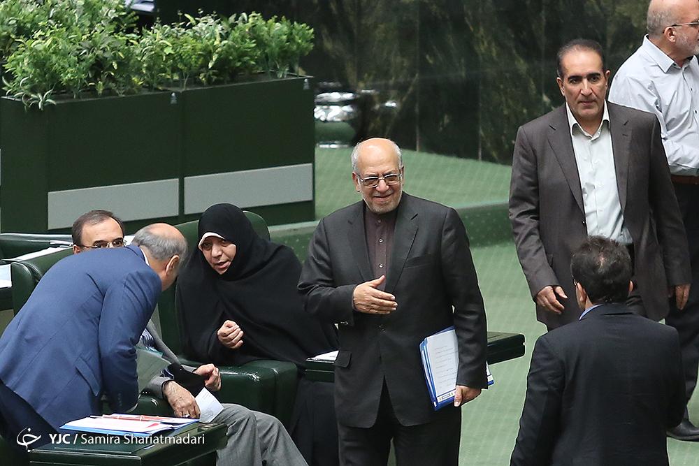 عکس 6285826_448 از تب و تاب انتخابات هیئت رئیسه مجلس تا دلشوره قاضیپور برای حقوقهای نجومی