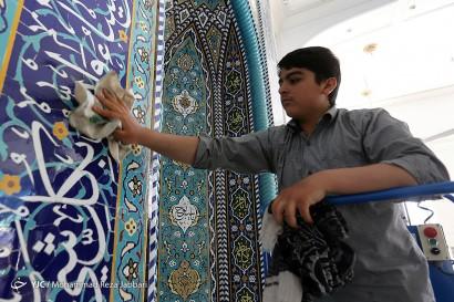 غبار روبی مساجد در آستانه ماه مبارک رمضان - قم