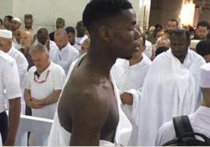 افطار کردن ستاره مسلمان تیم منچستر یونایتد در مسجد النبی