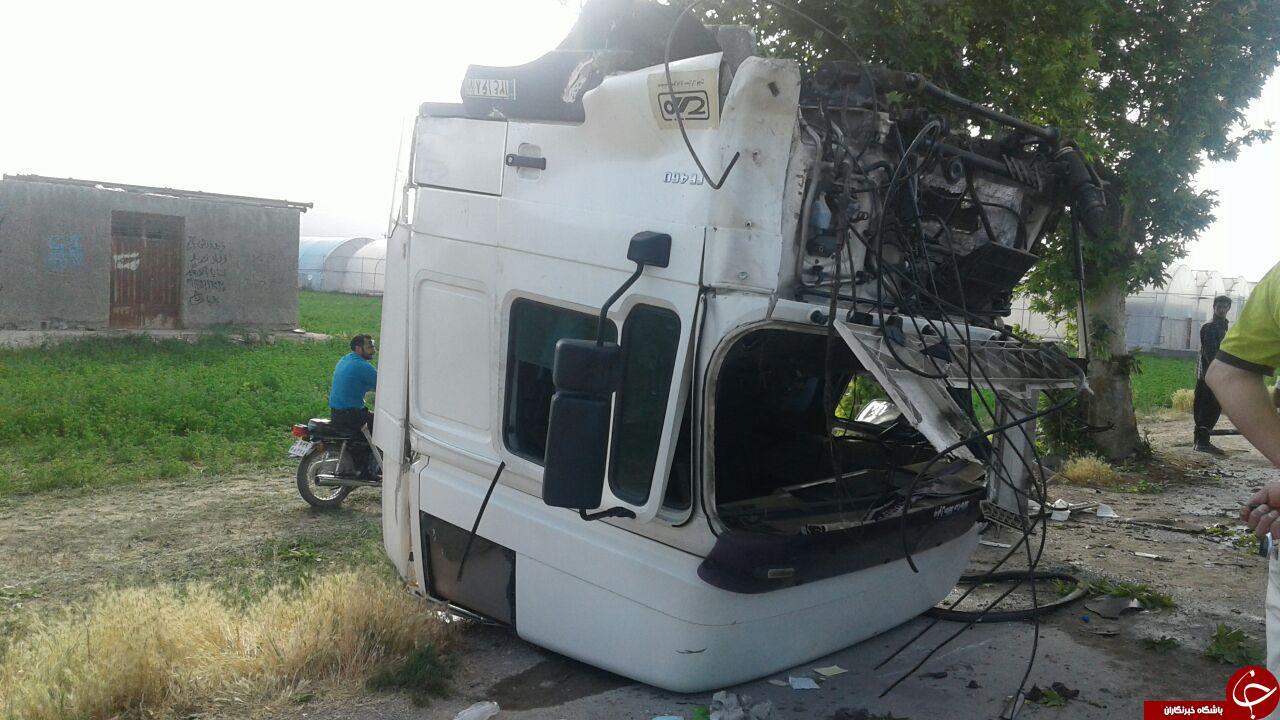 6294282 341 - تصادف شدید تریلی در روستای قلعه میر + تصاویر