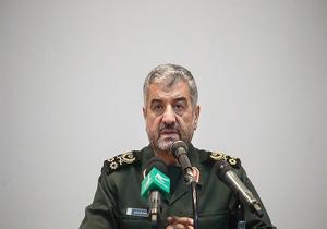 نمیتوانیم نسبت به نیازهای مردم بی تفاوت باشیم/جای جای ایران عرصه خدمترسانی سپاه به مردم است