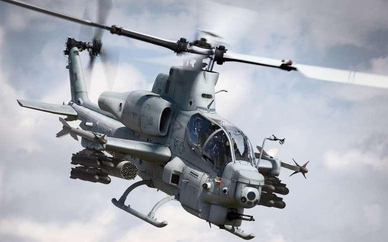 جایگاه سوختگیری خودکار هلیکوپترهای نظامی +عکس