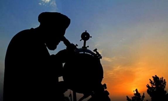 باشگاه خبرنگاران - 150گروه از غروب امروز برای رویت هلال ماه شوال اقدام میکنند/ احتمالا دوشنبه عید سعید فطر است