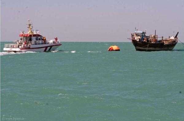 توقیف شناور اماراتی در آبهای بوشهر توسط نیروی دریایی سپاه