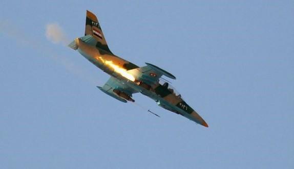باشگاه خبرنگاران -تلاش صهیونیستها برای نجات جبههالنصره در قنیطره/ عملیاتهای پیروزمندانه جنگندههای سوری در رقه و دیرالزور
