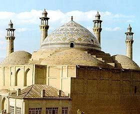 باشگاه خبرنگاران -«در» تاریخی مدرسه عالی شهید مطهری در حال مرمت است