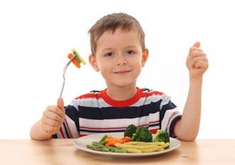 باشگاه خبرنگاران -آداب غذا خوردن به کودکان را آموزش دهیم