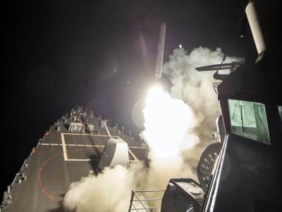 باشگاه خبرنگاران - دبکا فایل خبر داد: احتمال حمله پیشدستانه آمریکا به دولت سوریه و همپیمانانش!