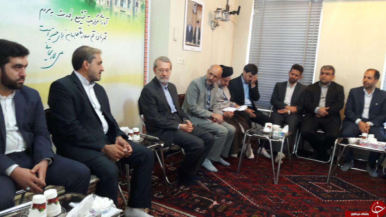 دیدار لاریجانی با اعضای جدید شورای شهر قم+تصاویر