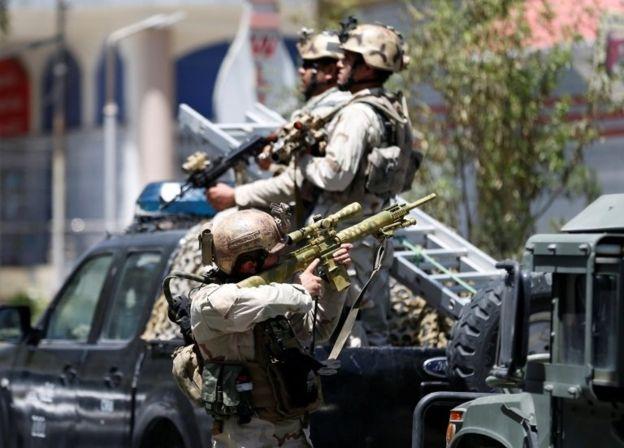 تصویر عاملان حمله تروریستی به سفارت عراق در کابل