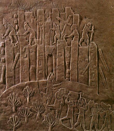 نام باستانی خرمآباد چه بود؟