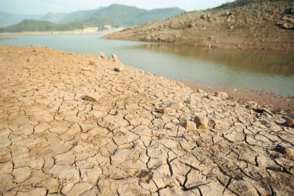 سوء مدیریت 60 درصد منابع آب های زیرزمینی را نابود کرد / بحران آب چالش جدیِ دولت دوازدهم+جدول