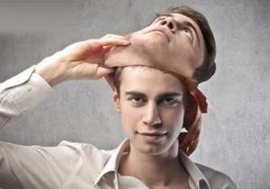 11 نشانه فردی که در حال دروغ گفتن است