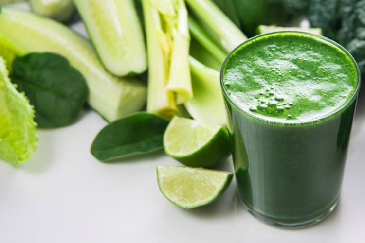 نوشیدنی سبزیجات انرژی زا و ضد پوکی استخوان+ دستورالعمل