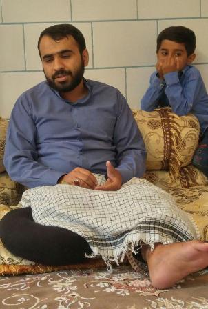  عیادت امام جمعه و مسئولین کهنوج از جانباز مدافع حرم