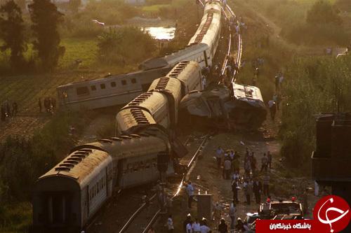 تصاویر هفته: از برخورد دو قطار مسافربری در مصر تا برکناری نخست وزیر پاکستان