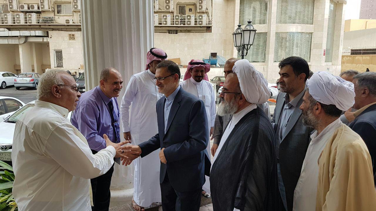حضور ریاست سازمان حج و زیارت در میان زائران ایرانی مستقر در مکه مکرمه