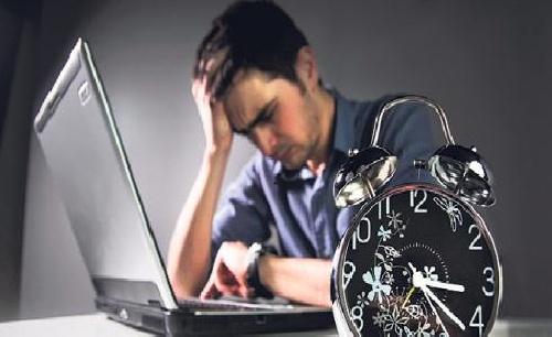 یک پدیده خطرناک به نام «پارانویا اینترنتی»/ مراقب آسیب های ناشی از اینترنت باشید