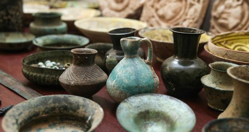 ۲۰۰۰ شیء تاریخی از موزه ملی به استان سمنان منتقل شد