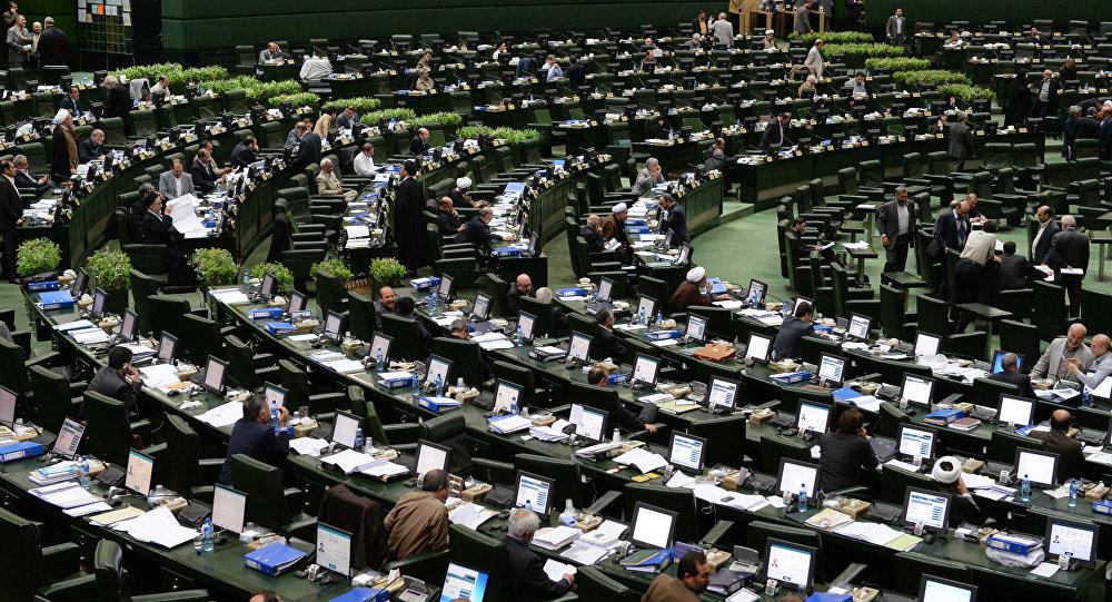 عکس 6626440_989 سلیمی: تمام وزرا باید معرفی میشدند/ لاریجانی: شما فکر کن در روز معرفی وزیر یک نفر سکته میکرد