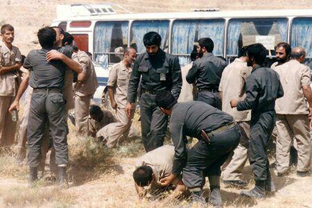خاطره سوزاندن کف پای اسیر ایرانی با اتو هنوز آزارم می دهد/ مقاومت اسیر 11 ساله در مقابل شکنجه های بعثی ها شگفت انگیز بود