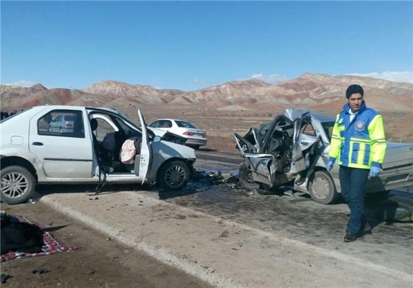 تصادف زنجیره ای بزرگراه تهران- قم 5 مجروح داشت