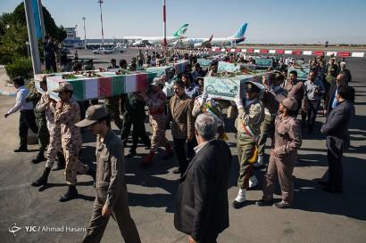 باشگاه خبرنگاران -استقبال از پیکر ۱۹ شهید گمنام دفاع مقدس در مشهد