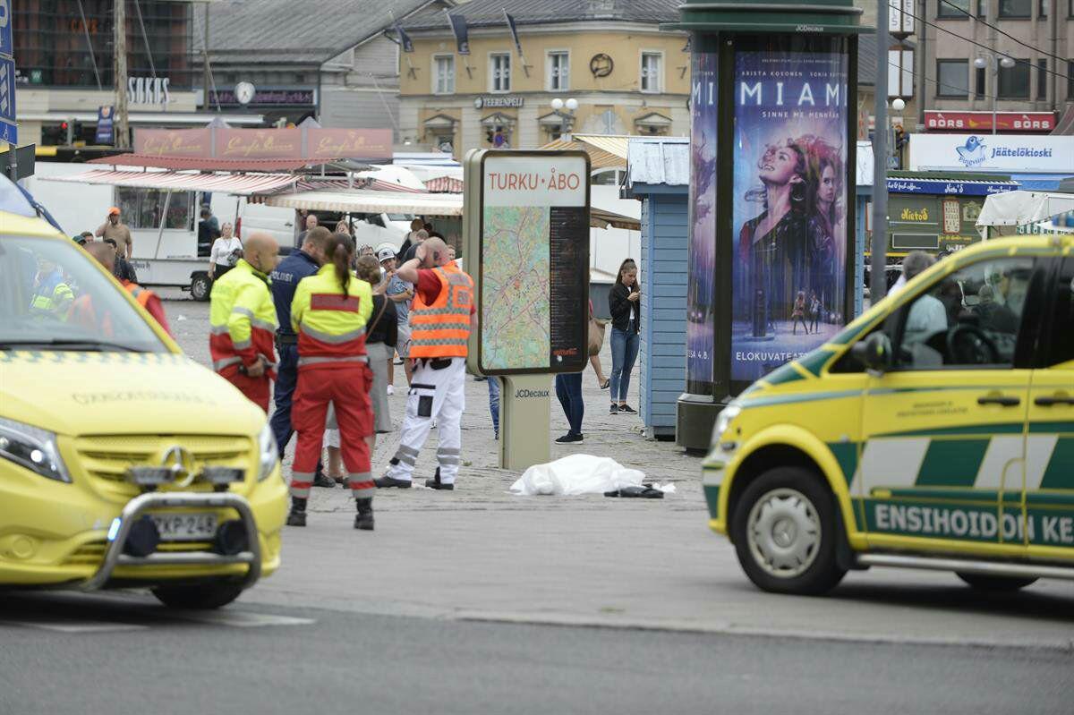 حمله یک مهاجم با سلاح سرد به مردم در فنلاند