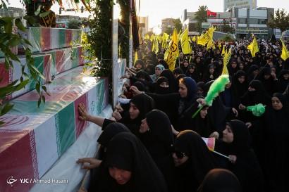 باشگاه خبرنگاران -تشییع پیکرهای مطهر 19 شهید گمنام دفاع مقدس و یک شهید مدافع حرم در مشهد