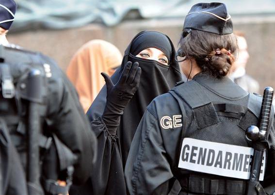 نژاد پرستی در غرب زمینه تروریسم امروز است