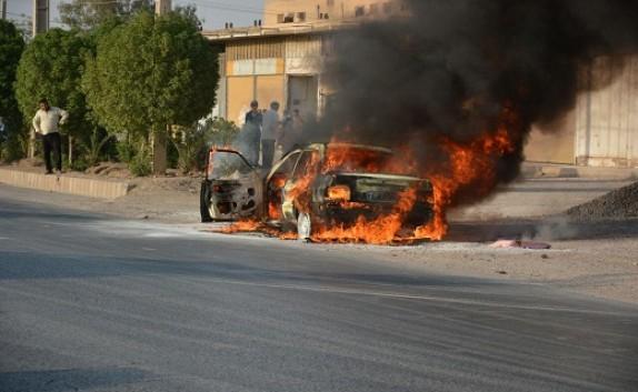 باشگاه خبرنگاران -جزغاله شدن پراید در آتش + تصاویر