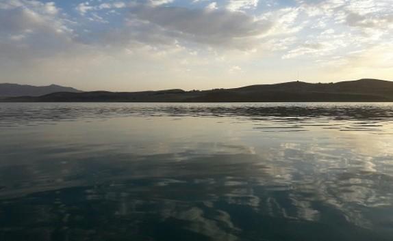 باشگاه خبرنگاران -دریاچه چادگان از زاویه دوربین + فیلم
