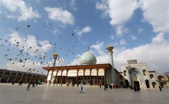 باشگاه خبرنگاران - ششم ذیقعده بزرگداشت خورشید درخشان آسمان شیراز